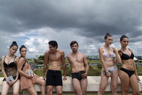 Brasilia, Schwarze Models sind noch immer eine Seltenheit in Brasilien.