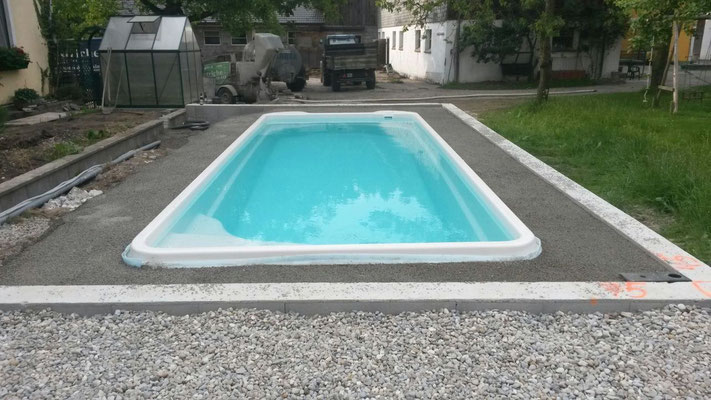 Pool hinterf llung kr pfel krain estriche gmbh for Pool design gmbh