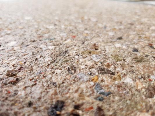 gestockte Betonoberfläche für Außenbereich Kröpfel & Krain Estriche