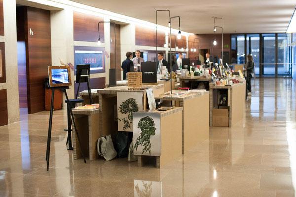 Svenja hammerbeck design product and interior svenja for Design hotels arena