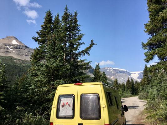 Dann noch ein günstiger self-register Campground mit Aussicht direkt am Trailhead – was will man mehr?