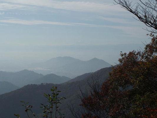 薄ら富士山が見えたが・・・