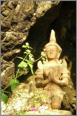 Buddha Cave - Chiang Rai