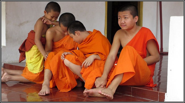 Luang Prabang - Young Monks