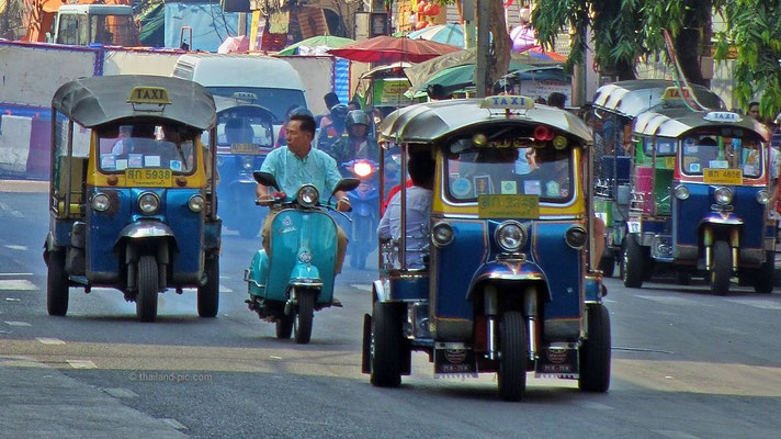 Tuk Tuks - Chinese New Year 2016 - China Town - Bangkok