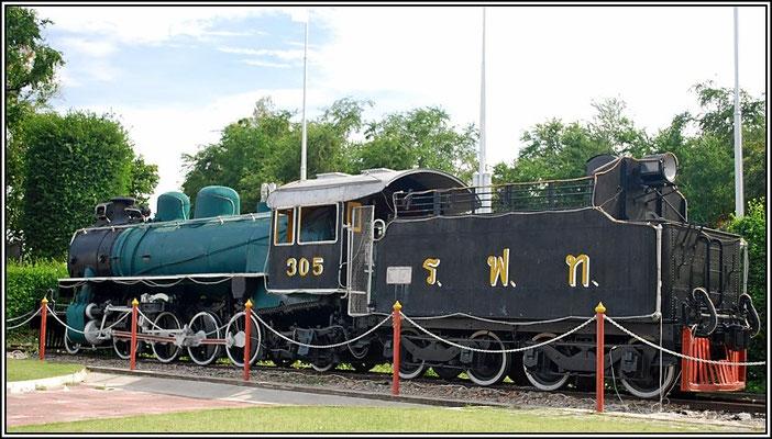 Hua Hin Railway Station - Old Steam Locomotive