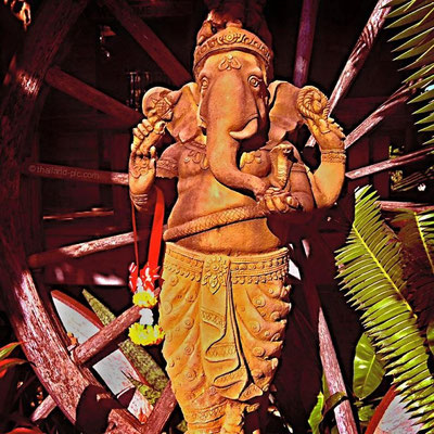 Ganesha statue at the Chainat Resort