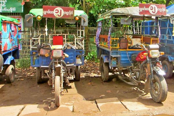Tuk Tuks - Bago - Myanmar