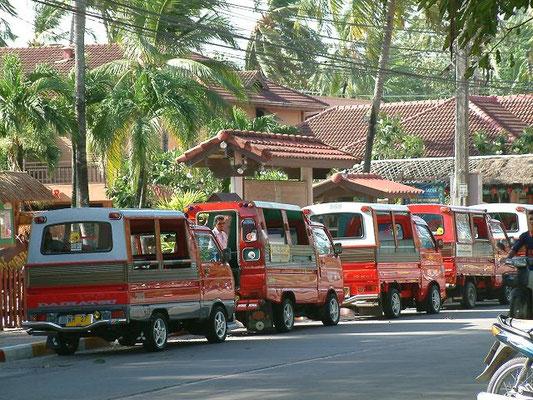 Phuket - Tuk Tuks Patong -