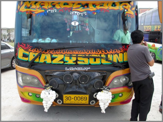 Bus Airbrush Art - Thailand