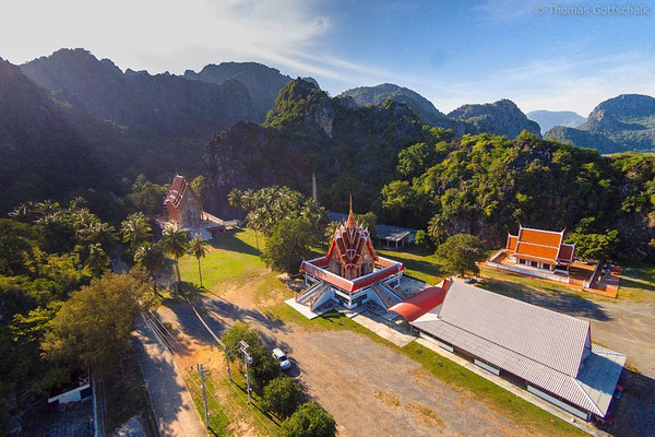 Khao Sam Roi Yot National Park from above - ©Thomas Gottschalk