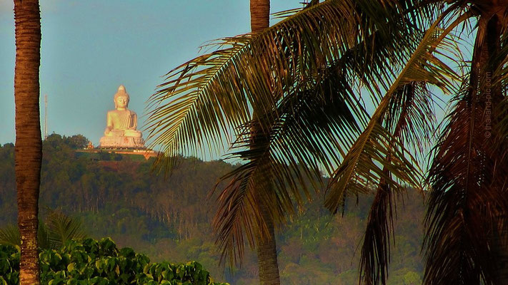 Sunrise - Big Buddha from the distance - Phuket
