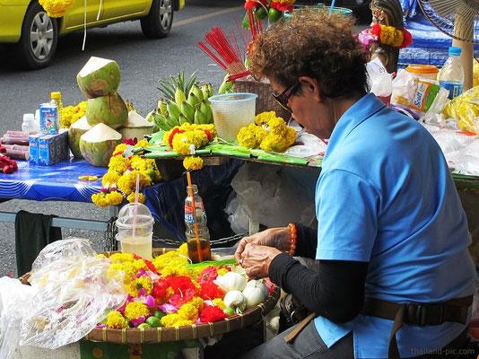 Around Sri Maha Mariamman Temple - Silom Road/Soi13 - Bangkok