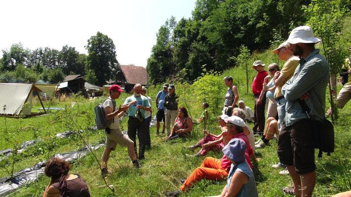 Chuderboden Führung im Permakultur Obstgarten