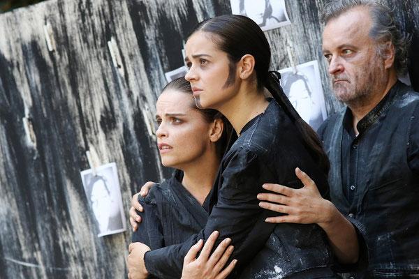 Marelize Gerber (Amital) & Elisabeth Breuer (Cabri) in La Betulia Liberata - WA Mozart Photo: Reinhard Winkler ©