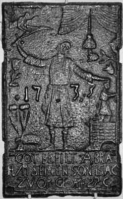 Inv.-Nr. 164   Opferung Isaaks, Ofenplatte 35 x 56 cm, Saarland, dat. 1733