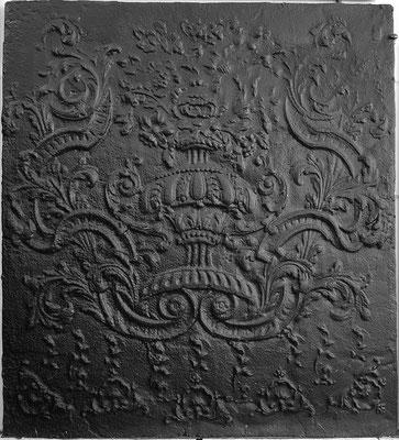 Inv.-Nr. 355   Neunkircher Blumenkor,  Kaminplatte xx x xx cm, Neunkirchen, um 1700
