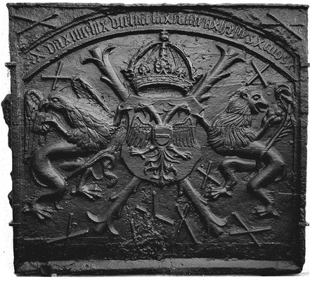Inv.-Nr. 1   Reichsadler Karl. V., Kaminplatte 103 x 96 cm, südl. Ardennen, ab 1520