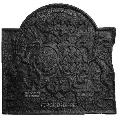 Inv.-Nr. 51   Hochzeitswappen Charles Louis Henri de Lenoncourt - Thérèse Angélique de Ligniville,  Kaminplatte 78 x 75 cm, Dillingen, 1. H. 18. Jh.