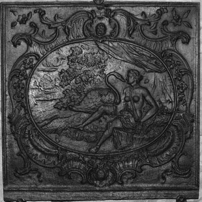 Inv.-Nr. 308   Leda mit dem Schwan, Kaminplatte xx x xx cm, Lothringen, 2. H. 18. Jh.