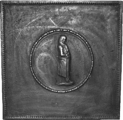 Inv.-Nr. 378   Mann im Mantel  Kaminplatte, xx x xx cm, Lothringen, 18./19. Jh.