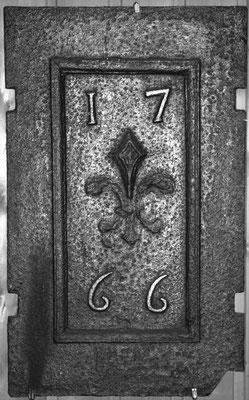 Nr.   119 Wappen Frankreich m(Ludwig XV.) anlässlich der engültigen Annexion Lothringens, Ofenplatte 33 x 53 cm, Lothringen, dat. 1766