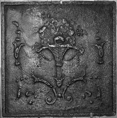Inv.-Nr. 358   Blumenvase, Lothringen 43 x 42 cm, Lothringen, 18. Jh.