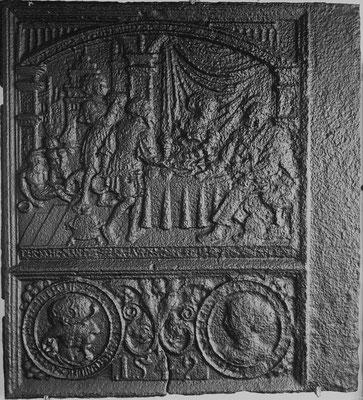 Inv.-Nr. 232   Der Reiche und der Arme, Ofenplatte 67 x 73 cm, Schwalefeld/Waldeck (?), dat. 1542