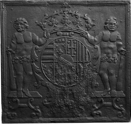 nv.-Nr. 84   Wappen Herzogtum Lothringen (Leopold I.),  Kaminplatte 87 x 83 cm, Lothringen, um 1700