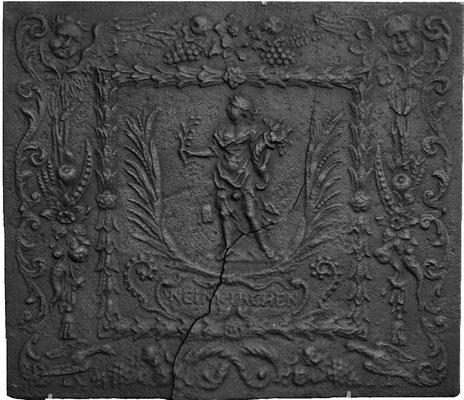 Nr. 319   Pomona/Pax, Kaminplatte 80 x 71 cm, Neunkirchen, um 1700