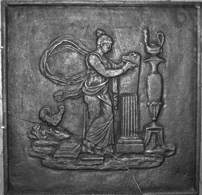 Inv.-Nr. 340   Verkündung der Menschenrechte, Kaminplatte 70 x 70 cm, Lothringen, ab 1789