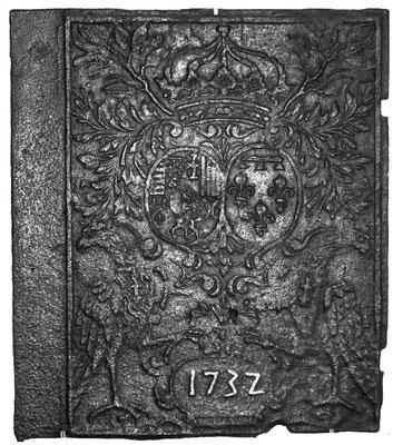 Inv.-Nr. 89   Allianzwappen Lothringen-Orleans,  Ofenplatte, 60 x 70 cm, Neunkirchen, dat. 1732