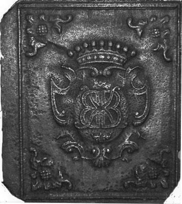 Inv.-Nr. 62   Monogramm KB,  Ofenplatte 48 x 54 cm, Saarland, 1. H. 18. Jh.