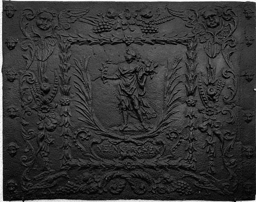Inv.-Nr. 318   Pomona/Pax, Kaminplatte 89 x 70 cm, Neunkirchen, um 1700