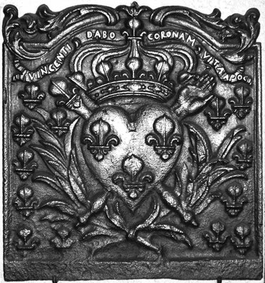 Inv.-Nr. 111   Wappen Frankreich (Ludwig XIV.),  Kaminplatte 50 x 53 cm, Lothringen, um 1700