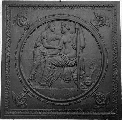Inv.-Nr. 367   Paris und Hermes, Kaminplatte 80 x 80 cm, Lothringen, 1. H. 19. Jh.