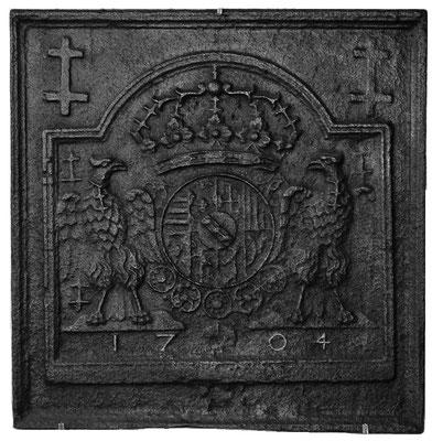 Inv.-Nr. 78   WappenHerzogtum  Lothringen (Leopold I.),  Kaminplatte 63 x 64 cm, Lothringen, dat. 1704