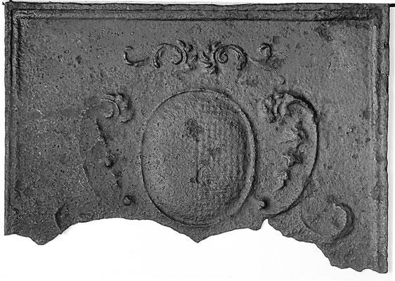 Inv.-Nr. 365   Stadtwappen Metz  Kaminplatte, Fragment xx x xx cm, Lothringen 1. H. 18. Jh.
