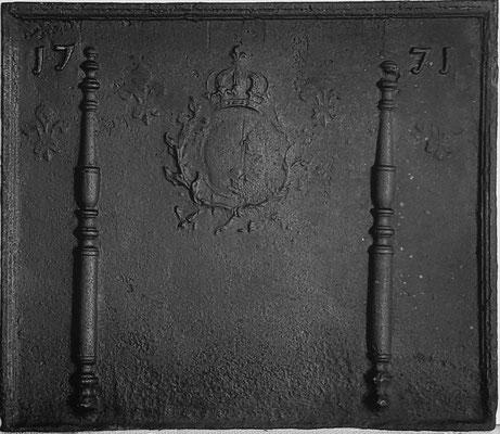 Inv.-Nr. 371   Wappen Frankreich (Ludwig XV.),  Kaminplatte xx x xx cm, Lothringen, dat. 1771