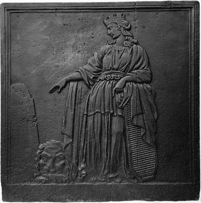 Inv.-Nr. 290   Athene, Kaminplatte  65 x 67 cm, Lothringen, 2. H. 18. Jh.