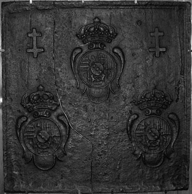 Inv.-Nr. 82   Wappen Herzogtum Lothringen (Leopold I.),  Kaminplatte 63 x 63 cm, Lothringen, um 1700