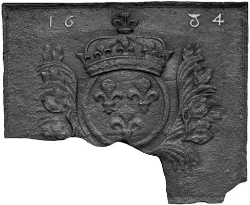 Inv.-Nr. 33   Wappen Frankreich (Ludwig XIII.),  Kaminplatte X x  X cm, Lothringen, dat. 1634
