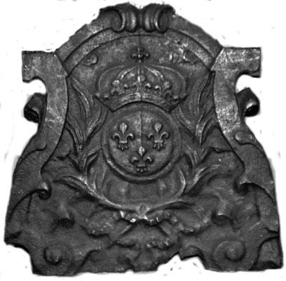 Nr. 121   Wappen Frankreich (Ludwig XV.),  Kaminplatte 50 x 50 cm, Lothringen, Mitte d. 18. Jh.