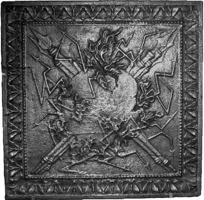 Inv.-Nr. 269   Allegorie der Zerstörung, Kaminplatte 59 x 59 cm, Lothringen, 18. Jh.
