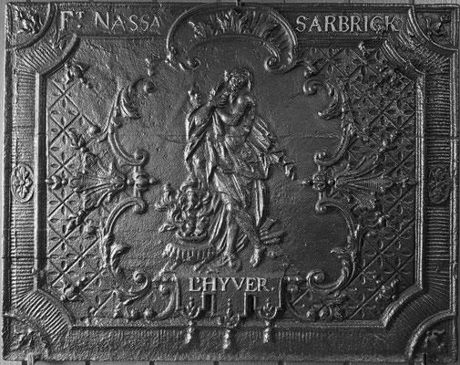Inv.-Nr. 251   Allegorie des Winters, Kaminplatte 69 x 55 cm, Saarland, um 1730/40