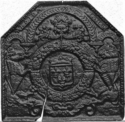 Inv.-Nr. 29   Wappen Frankreich (Heinrich IV.),  Kaminplatte 76 x 73 cm, Lothringen, dat. 1610