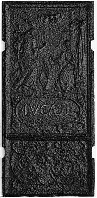 Inv.-Nr. 196   Mariä Verkündigung, Ofenplatte 34 x 75 cm, Südeifel, 17. Jh.