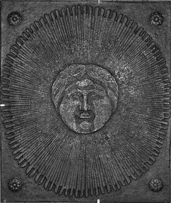 Inv.-Nr. 265   Allegorie Sonnenkönig Ludwig XIV.  Kaminplatte 49 x 57 cm, Lothringen, um 1700