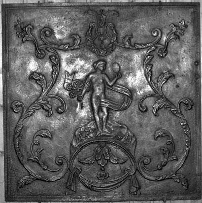 Inv.-Nr. 325   Venus, Kaminplatte 83 x 83 cm, Lothringen, 2. H. 18. Jh.