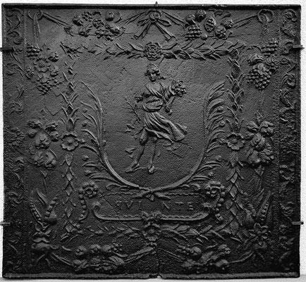 Inv.-Nr. 296   Flora, Kaminplatte 101 x 94 cm, Quinte, nach 1683